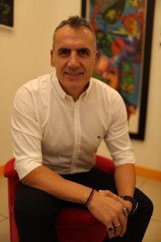 jinekomasti doktoru Estetik Cerrah Op. Dr. Orhan Murat Özdemir