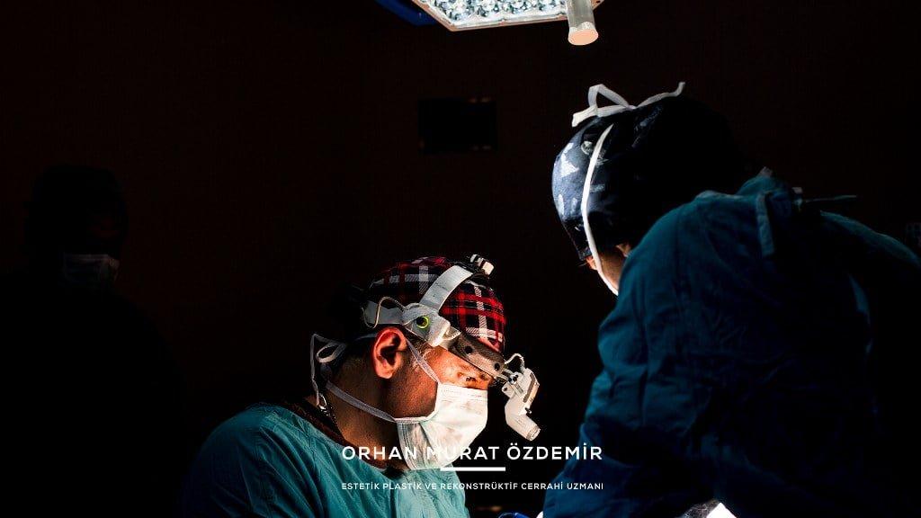 silikon protez çıkarma ameliyatı resmi